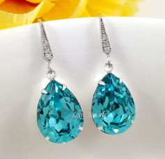 Tiffany Blue Earrings Sparkling Light Turquioise Teal by LynJewels, $23.90
