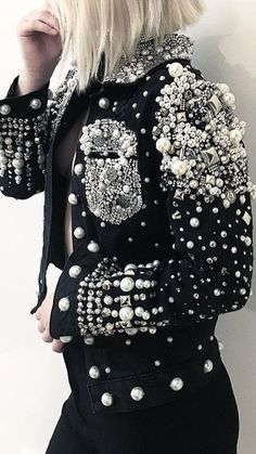 Pearl embellished jacket,Pearl embellished jacket Great ideas for beautiful embroidery By embroidering wonderful patterns, small results or lovely borders, DIY style makers ca. Trend Fashion, Fashion Mode, Fashion 2020, Denim Fashion, Fashion Details, Couture Fashion, High Fashion, Fashion Outfits, Womens Fashion