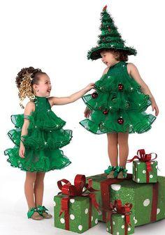 Arbolito de navidad. Si deseas el molde de este vestido házmelo saber con un ❤