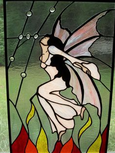 Stained Glass Angel, Stained Glass Suncatchers, Stained Glass Projects, Stained Glass Patterns, Shadow Puppets, Fairy Wings, Glass Design, Arts And Crafts, The Incredibles