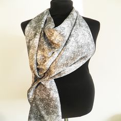 Squigly Scarf.  www.johannafleming.co.uk