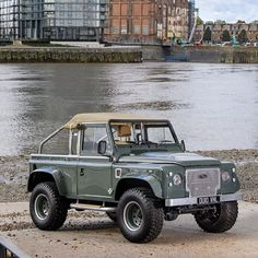 land rover pick up 110 - land rover pick up & land rover pick up series & land rover pick up 110 Landrover Defender, Defender 90, Jeep Wrangler Sahara, 4x4 Off Road, 4x4 Trucks, Ford Trucks, Land Rover Pick Up, Nitro Circus, Offroad And Motocross