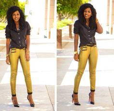 Luv this look Daily Fashion, Girl Fashion, Classy Outfits, Cute Outfits, Gold Jeans, Moto Pants, Trousers, Style Pantry, Weekend Wear