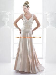 Robe de mariée pas cher col V dos nu lacets