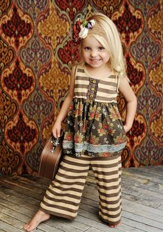 My niece Gracie would look adorable in this too!