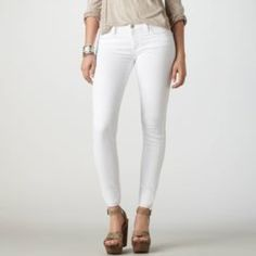 American Eagle Jeggings . All White . They are also stretch . Slight pink in the leg but not noticeable. American Eagle Outfitters Jeans