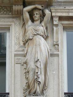 Charles-Auguste Lebourg (1829-1906)   Cariatides - 1865. 17 rue de chateaudun - Paris