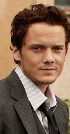 Anton Yelchin, Actor: Star Trek. Anton Yelchin is an American actor, known for playing Bobby in Hearts in Atlantis (2001), Chekov in the Star Trek (2009) reboot, Charlie Brewster in the Fright Night (2011) remake, and Jacob in Like Crazy (2011). He was born in Leningrad (now St. Petersburg), Russia, USSR, to a Jewish family. His parents, Irina Korina and Viktor Yelchin, were a successful pair of professional figure skaters in ...