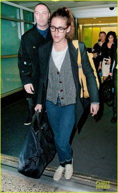 Kristen Stewart & Robert Pattinson: Day After Thanksgiving Traveling!