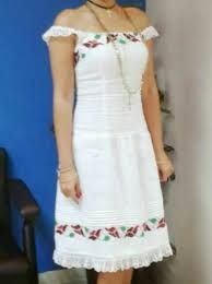vestidos calados panameños - Buscar con Google Embroidery Sampler, Mexican Dresses, Linens And Lace, Fashion Outfits, Womens Fashion, Personal Style, White Dress, Style Inspiration, Couture