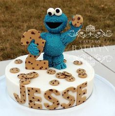Adorable Cookie Monster Cake made by Cakes by Raewyn
