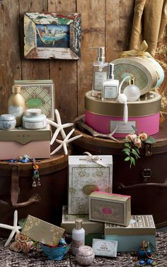 Enhance a rusty cottage vibe with SABON brights. Discover the beauty in reusing gift boxes and mix-matching SABON products with unique personal items to make it your own. :)