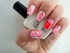 precious polish: Pretty Paisley I really need to find someone to do these. Nails Inc, 3d Nails, Cute Nails, Pretty Nails, Country Nails, French Acrylic Nails, Dotting Tool, Cute Nail Designs, Pedicure Designs