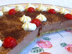 SPLENDID LOW-CARBING          BY JENNIFER ELOFF: CHOCOLATE CREAM PIE