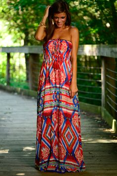 This maxi dress is so fun! The amazing print and the easy fit makes this a must have! This party-filled maxi is hands down gorgeous!