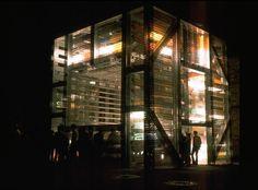 "Geldmacher-Mariotti. ""Cubo liminoso""  documenta iV - Kassel, 1968  Foto: Wolf Spemann"