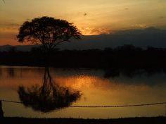 Voyager Ziwani, Tsavo West: sunset over the Dam