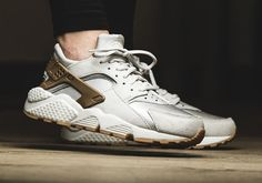 cheap for discount 4f570 714d8 The ladies get a new premium edition of the Nike Air Huarache this spring,  with a feature you ve never seen before on the iconic 1991 running shoe.