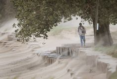 Storm Brings Heavy Rain And High Winds To Chicago, Over 20 Foot Waves ...