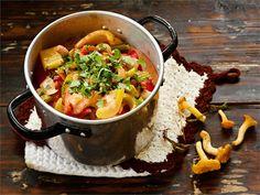 Sieniragu Joko, Greens Recipe, Moscow Mule Mugs, Thai Red Curry, Tableware, Ethnic Recipes, Kitchen, Drinks, Drinking
