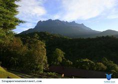"""Vườn quốc gia Kinabalu được thành lập như là một trong những vườn quốc gia ở Malaysia năm 1964, là di sản thế giới đầu tiên của Malaysia được UNESCO công nhận tháng 12 năm 2000 vì """"các giá trị toàn cầu nổi bật"""" của nó và vai trò như là một trong những địa điểm sinh thái quan trọng trên thế giới.... Xem thêm: http://singaporesensetravel.com/vuon-quoc-gia-kinabalu-n.html"""