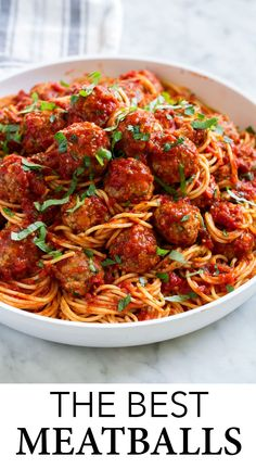 BEST MEATBALLS - A meatball recipe that rivals that of your favorite Italian restaurant! These meatballs always come out amazingly tender, perfectly moistened, deliciously flavorful and they're always sure to impress! Here you'll learn everything you need Best Baked Meatball Recipe, Spagetti And Meatball Recipe, Spaghetti Recipes, Meatball Recipes, Chicken Recipes, Italian Spaghetti And Meatballs, Meatball Recipe No Cheese, Recipe For Italian Meatballs, Meatballs Recipe Fried