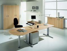 """""""MEGA NET"""": Sistema d'ufficio progettato per interpretare al meglio l'ambiente di lavoro dove funzionalità, flessibilità e personalità sono una necessità quotidiana. Le scrivanie prevedono 5 tipologie di strutture per creare lo spazio su misura."""