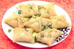 Рекомендуем! Картофельники, это оригинальное, недорогое и простое в приготовлении блюдо, которое эффектно сморится на любом столе.
