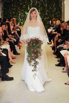 NY-bridal-week-spring-2016-Carolina-Herrera-13