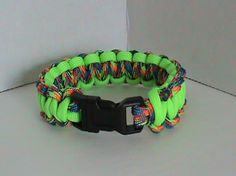 "7"" Cobra Weave Paracord Bracelet Neon Green & Gobstopper"