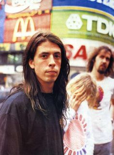 dave grohl is on my poor brain this morning.