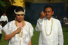 "han decidido celebrarla. Contacto muyalo@gmail.com Busca en youtube ""ceremonai espiritual boda maya "" con Ikal susana"