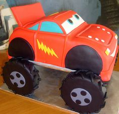 mcqueen-monster-truck by dpasteles cake shop (San Antonio, TX), via Flickr