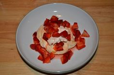 This recipe for Individual Strawberry Pavlova's is absolutely brilliant!