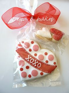 Personalized Polka Dot Valentine's Day Cookies by LizyBsbakeshop Valentine's Day Sugar Cookies, Fancy Cookies, Iced Cookies, Cute Cookies, Royal Icing Cookies, Cupcake Cookies, Heart Cookies, Valentines Day Cookies, Valentine Cookies