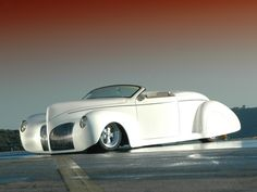 Visit The MACHINE Shop Café... ❤ Best of Hot Rod @ MACHINE ❤ (1939 Lincoln Zephyr Roadster)