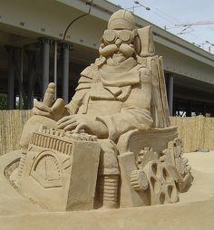 """sand sculpture """"Search for the 4th Dimension"""" by von Gianni Schiumarini"""