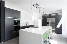 Bildergebnis für küche mit side by side kühlschrank | Küche ...
