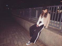 outfit. . 今季はピンクが気になる�� . jacket⇨ @backs_official tops⇨ @backs_official bottom⇨ @murua_official . ちなみにライダースは明日からの2日間! 休日限定で横浜店のみ¥3980+taxです����✨ ほぼ半額でGET出来るチャンスは今回のみ なのでお見逃しなく���� . #outfit#ootd#fashion#coordinate #casual#sporty#pinkcode #backs#murua#converse#allstar #spring#camera#olympus#tg870 #tg870のある生活#ライダース #ラインパンツ#コンバース http://www.butimag.com/backs/post/1467230044069611535_1576685414/?code=BRcpfOMjMgP