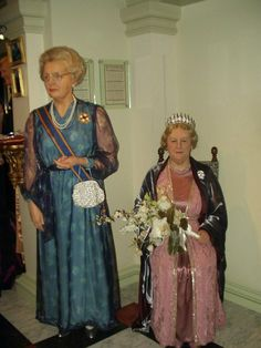 Royal Club - 2 - Page 321 Regina Maxima, Dutch Royalty, Sari, Club, Fashion, Saree, Moda, Fashion Styles, Fashion Illustrations
