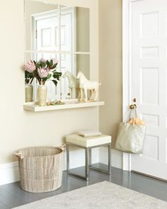 Many homes and apartment have really small entryways, Helena Alkhas shares tips on organizing a narrow entry to help you get everything organized.