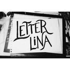 Primero de muchos #lettering #letterlina #bimoji