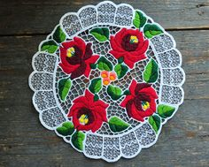 Vintage Kalocsa tablecloth, floral embroidered tablecloth, small tablecloth, round shape lace doily, Kalocsa embroidery, Hungarian folk art by coloursofvintage on Etsy