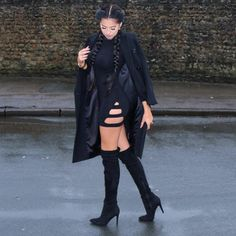 "KLAUDIA BADURA op Instagram: ""#allblackeverything ▪️ wearing @fashionnova Dress ▪️ Use code XOKlaudia for 15 % Off #style #fashionnova #allblack ⬛️"""