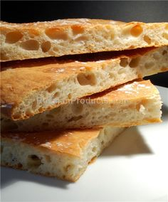 This Turkish Pide bread is handmade. It is baked in a brick hearth oven with the top quality wholesome ingredients. This bread is an excellent sourc. Pide Bread, Brick Hearth, Crackers, Breads, Oven, Baking, Food, Brick Fireplace, Bread Rolls