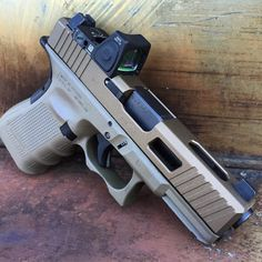 Exact look I am wanting with my new Glock! Custom Glock 19, Custom Guns, Weapons Guns, Guns And Ammo, Rifles, Glock Mods, Glock 9mm, Survival, Home Defense