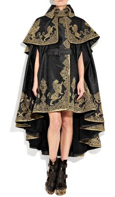 Alexander Mcqueen Embroidered Silk-jacquard Cape in Black Cool Outfits, Fashion Outfits, High Fashion, Womens Fashion, 90s Fashion, Character Outfits, Embroidered Silk, Looks Style, Costume Design