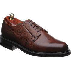 Class and design with cheaney shoes Cheaney Shoes, Derby Shoes, Calves, Fashion Shoes, Oxford Shoes, Footwear, Stylish, How To Wear, Design
