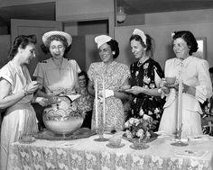 The Vintage Hat Shop: Vintage 1940s Hats at the Tea Party