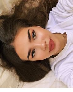 cute makeup 48 Hair Looks Beauty Make-up, Beauty Hacks, Hair Beauty, Beauty Tips, Beauty Ideas, Cute Makeup, Pretty Makeup, Gorgeous Makeup, Maquillage Normal
